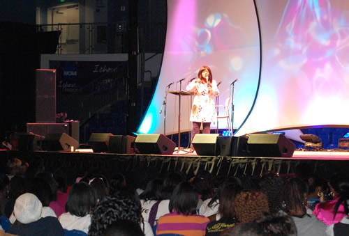 A free concert by CeCe Winans kicked off the GCEP conference.