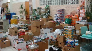 Law Students Donate Over 10000 Cans Of Food Through The Canned