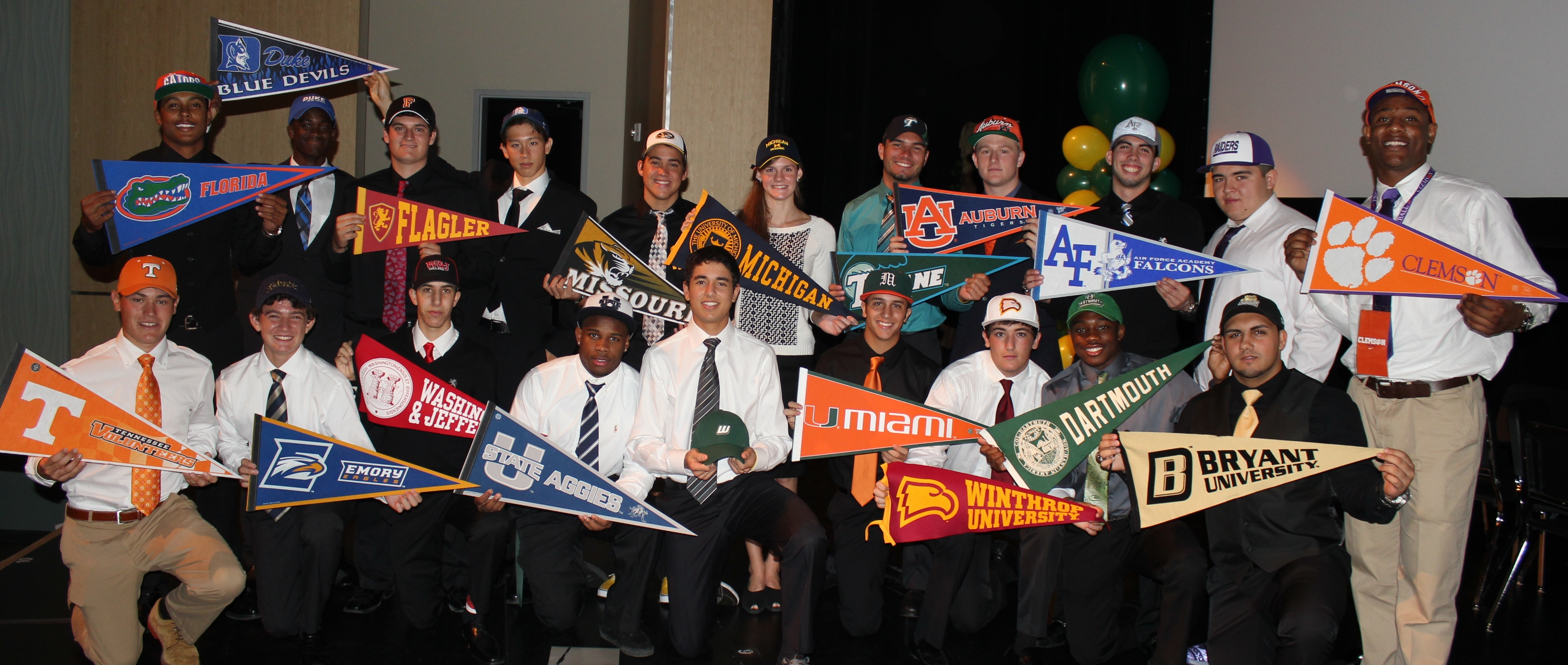 Florida State University Football >> University School Signs 21 Student Athletes to Colleges on National Signing Day | NSU Newsroom