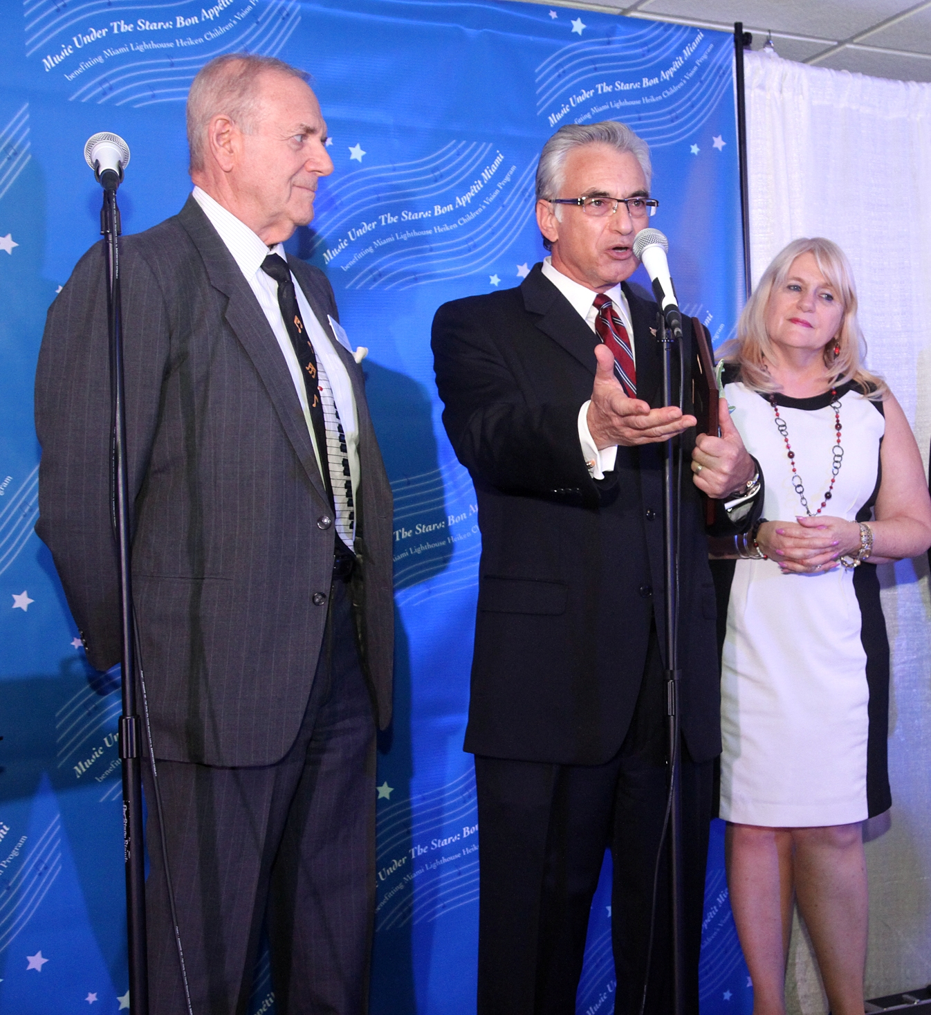 Optometry Dean Honored By Miami S Lighthouse For The Blind