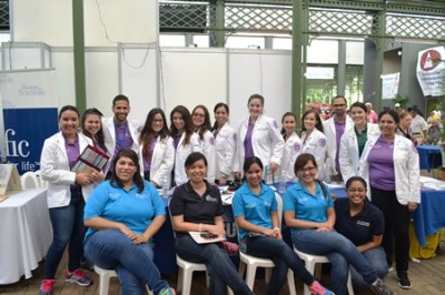 "APhA-ASP Puerto Rico Pharmacy Students with Chapter Advisor on  ""Encaminada: Encendiendo la Luz por la Diabetes"""