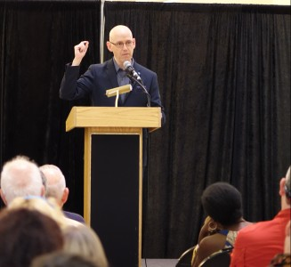 NSU Alvin Sherman Library Hosted Bestselling Author Brad Meltzer photo #2