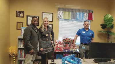 Fort Myers Delivers Gifts to Franklin Park Elementary
